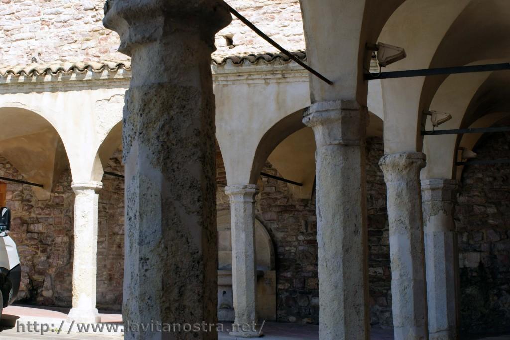 Basilica San Francesco Assisi 4