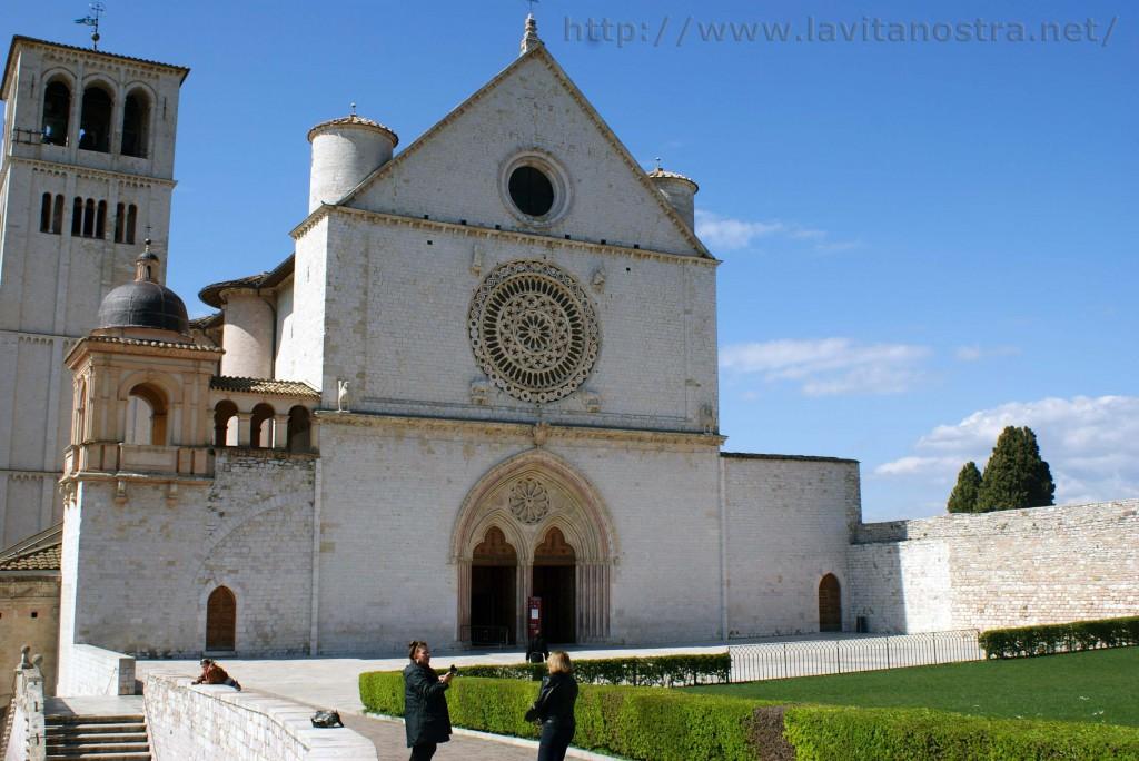 Basilica San Francesco Assisi 9
