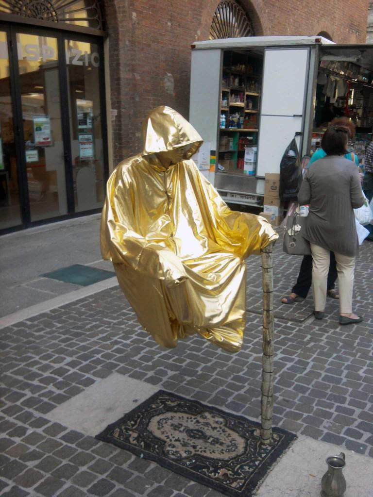 Secret givoy skulptury