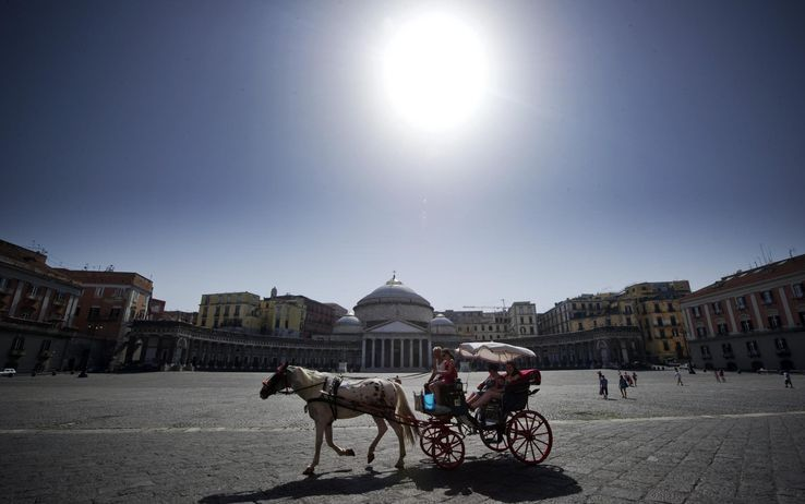 Neapol v avguste 1