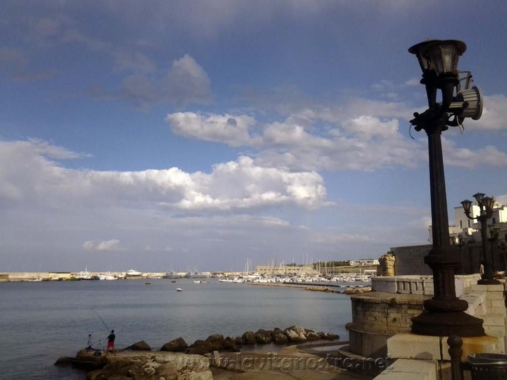 Otranto centralnaya naberejnaya