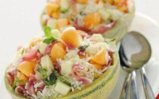 Салат из риса в дыне