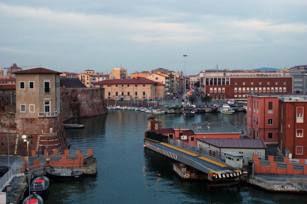город Ливорно порт Livorno