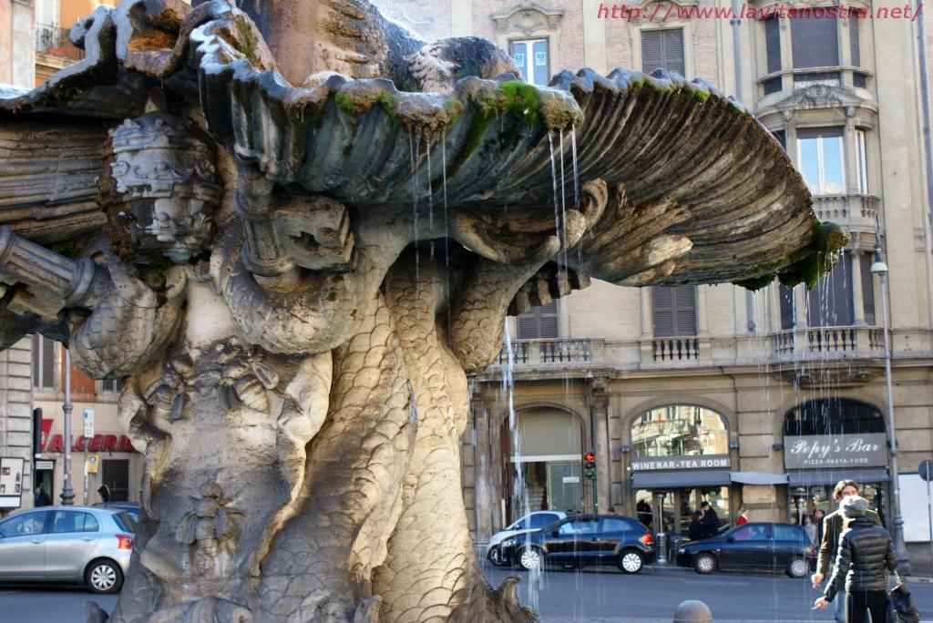 Фонтаны Рима фонтан Тритона 5
