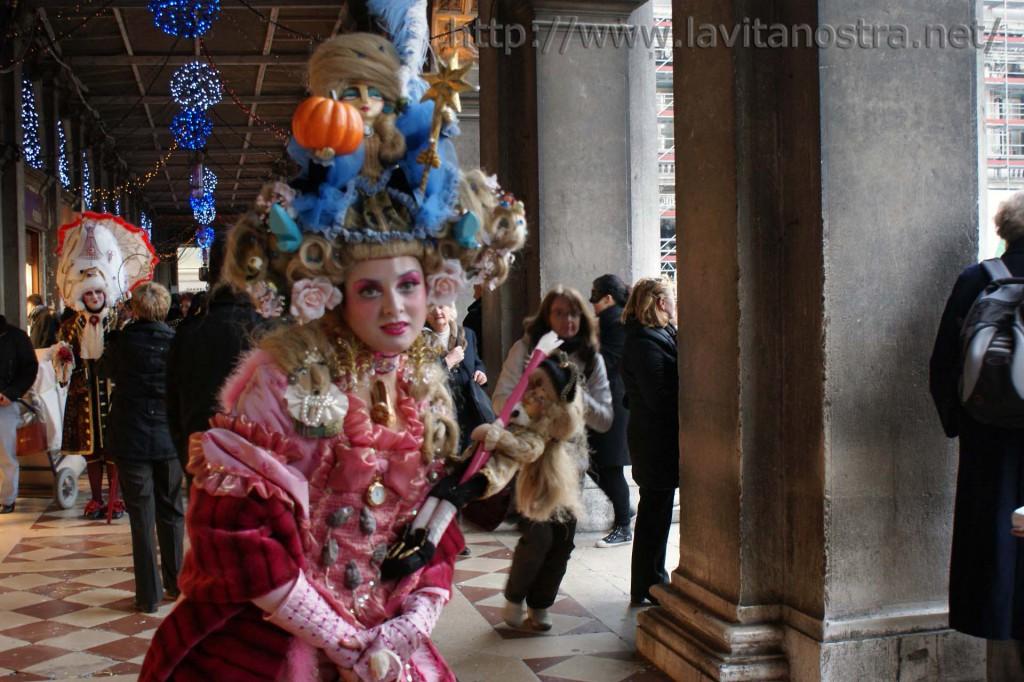 Венецианский карнавал 20