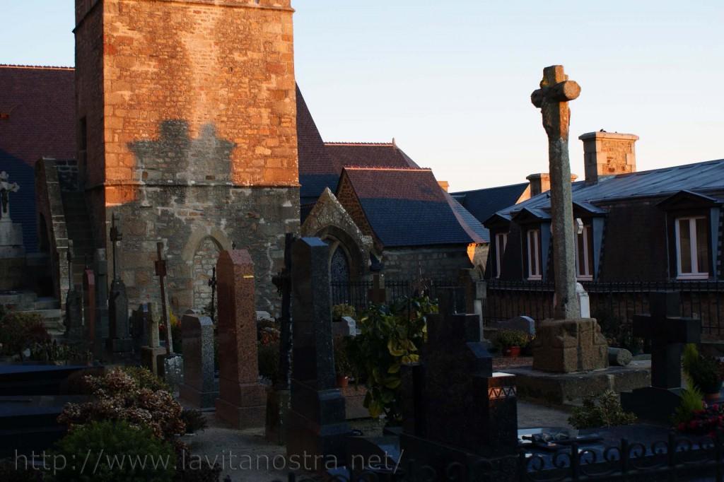Городское кладбище Ле Монт-Сант-Мишель 2