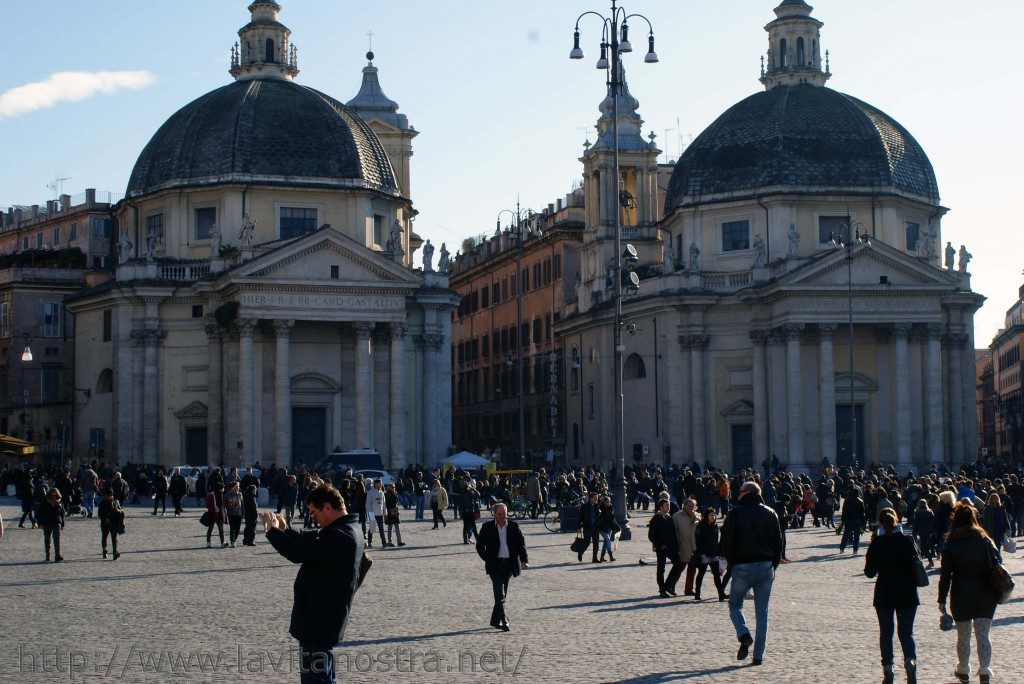 Площадь Пополо в Риме 9