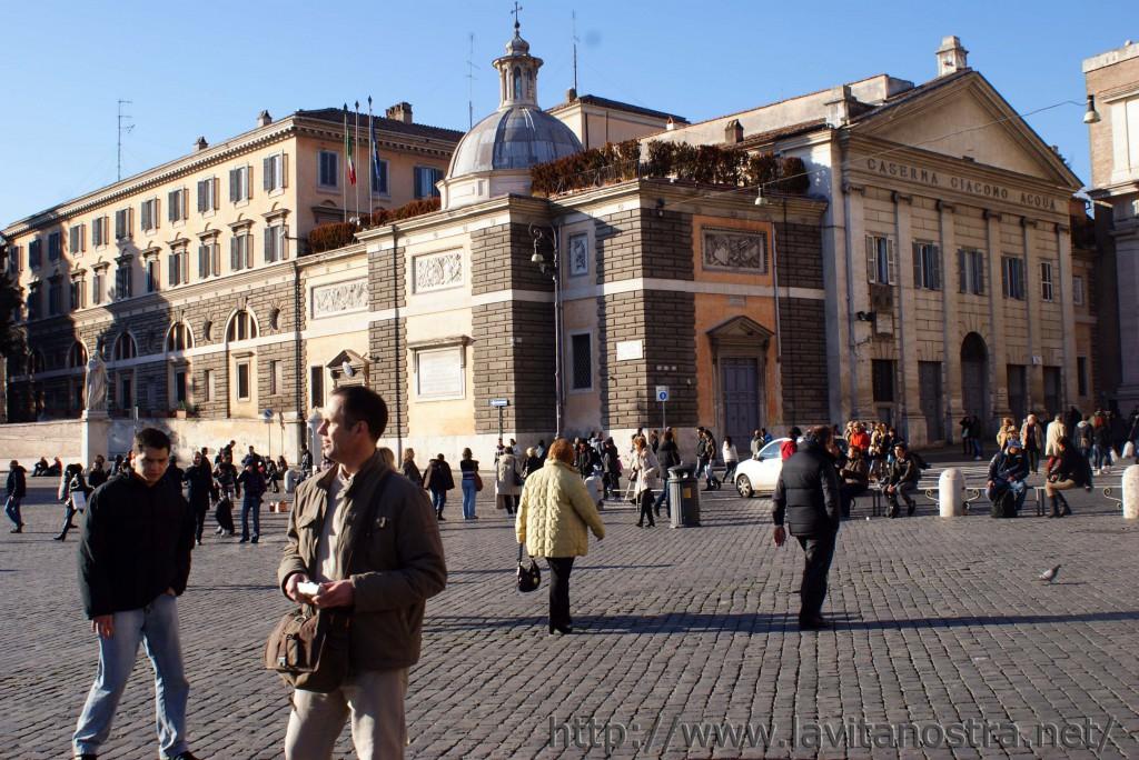 Площадь Пополо в Риме 6