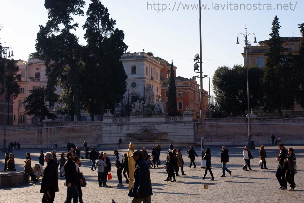 Площадь Пополо в Риме Фонтан Нептуна