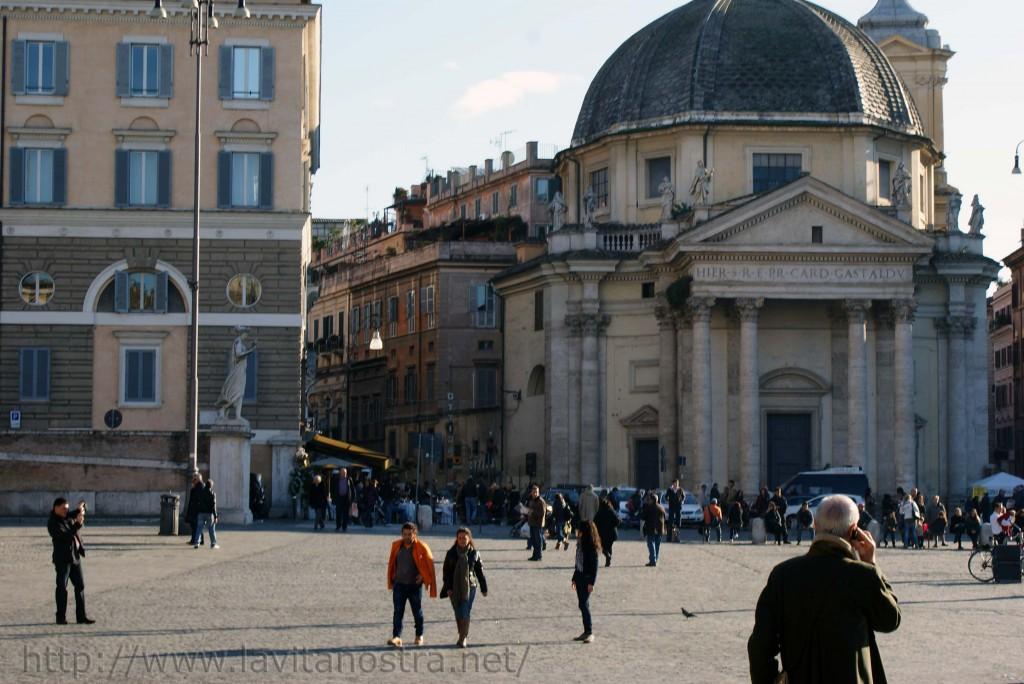 Площадь Пополо в Риме 10