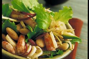 Салат с фасолью экзотический