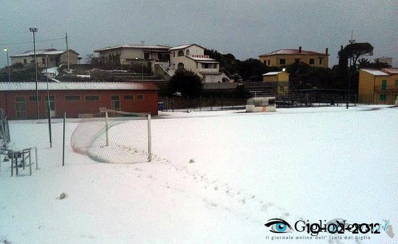 остров Джильо под снегом 4