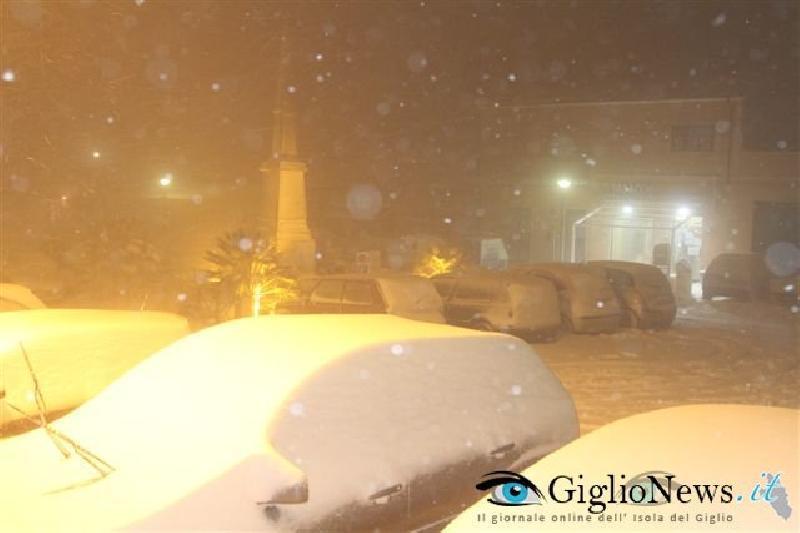 остров Джильо под снегом 5