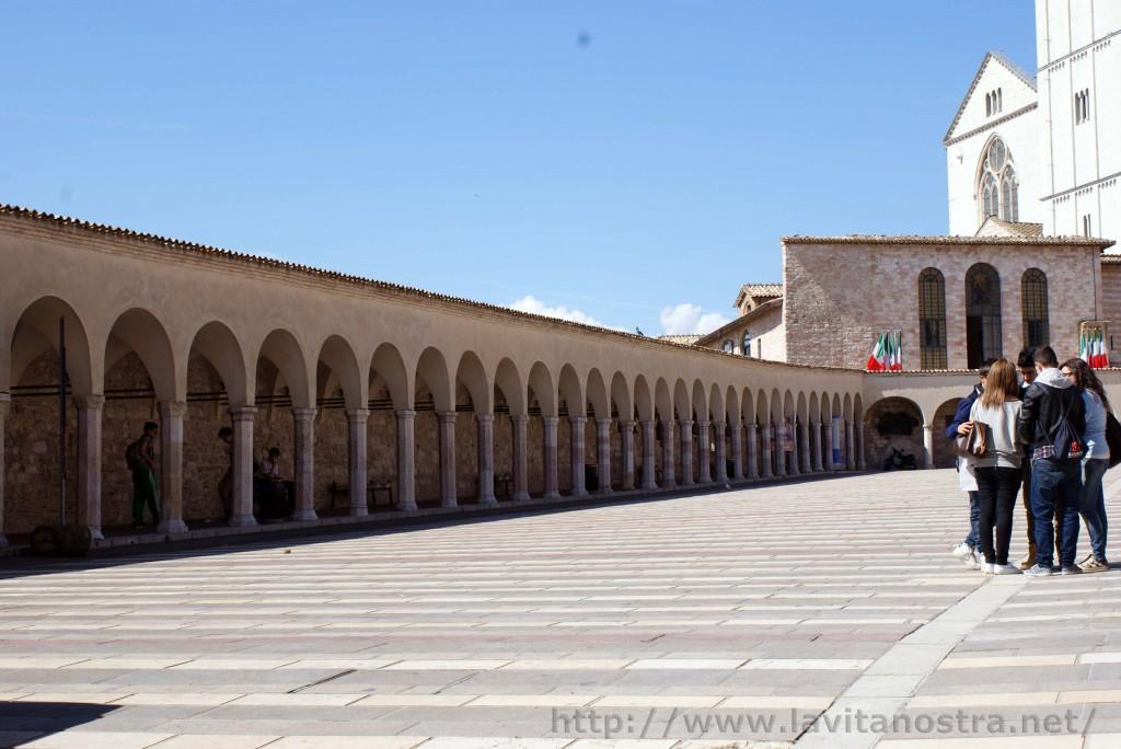 Basilica San Francesco Assisi 3