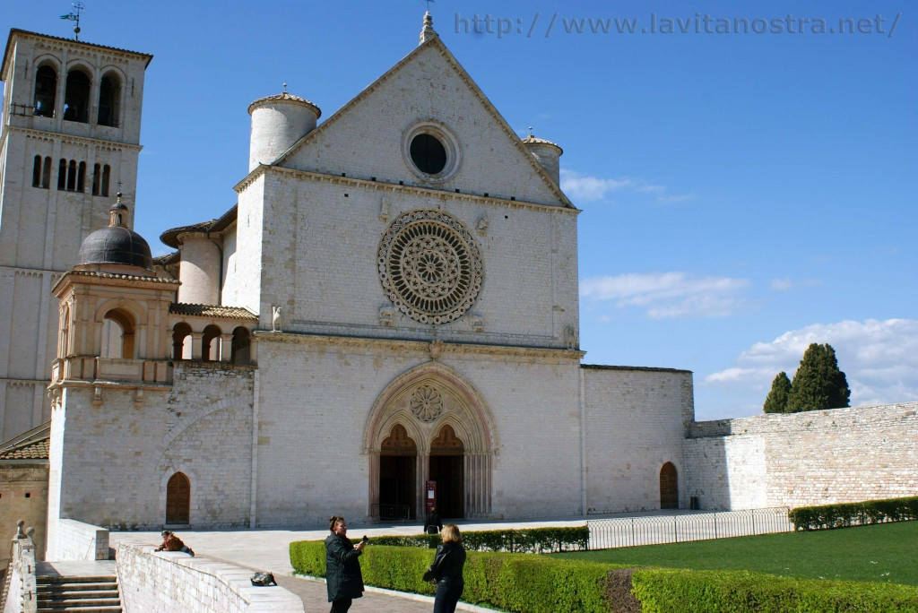 Basilica San Francesco Assisi 9