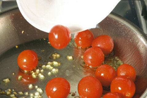 Паста с помидорами черри 3