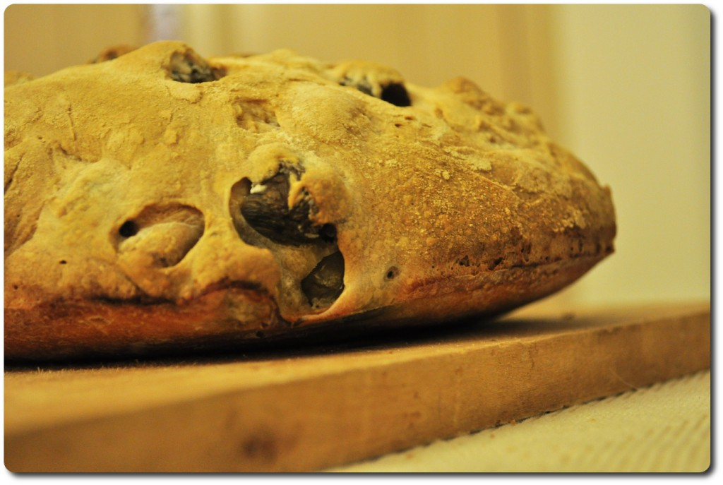 хлеб с оливами