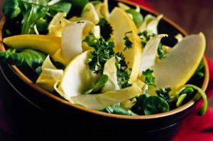 Salat belo-zeleniy