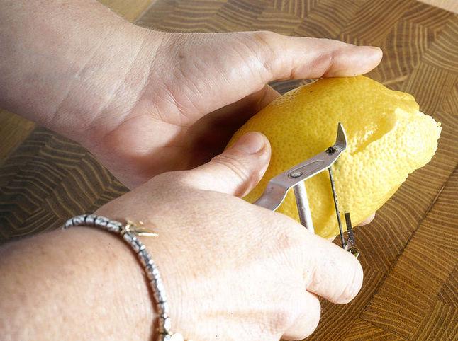 Escalop s limonom prigotovleniye