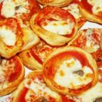 Prigotovleniye-malenkoy-pizzi-cloenoe-testo