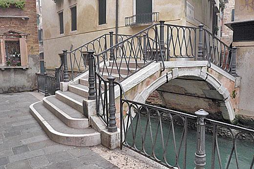 skolko_mostov_v_venezii