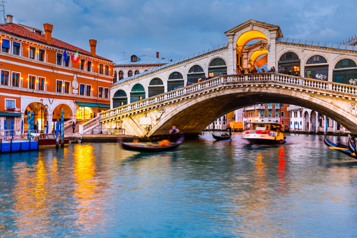 Most Rialro v Venezii