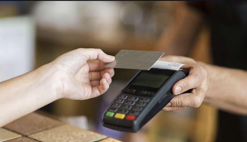 na rasprodajah platite kartoy