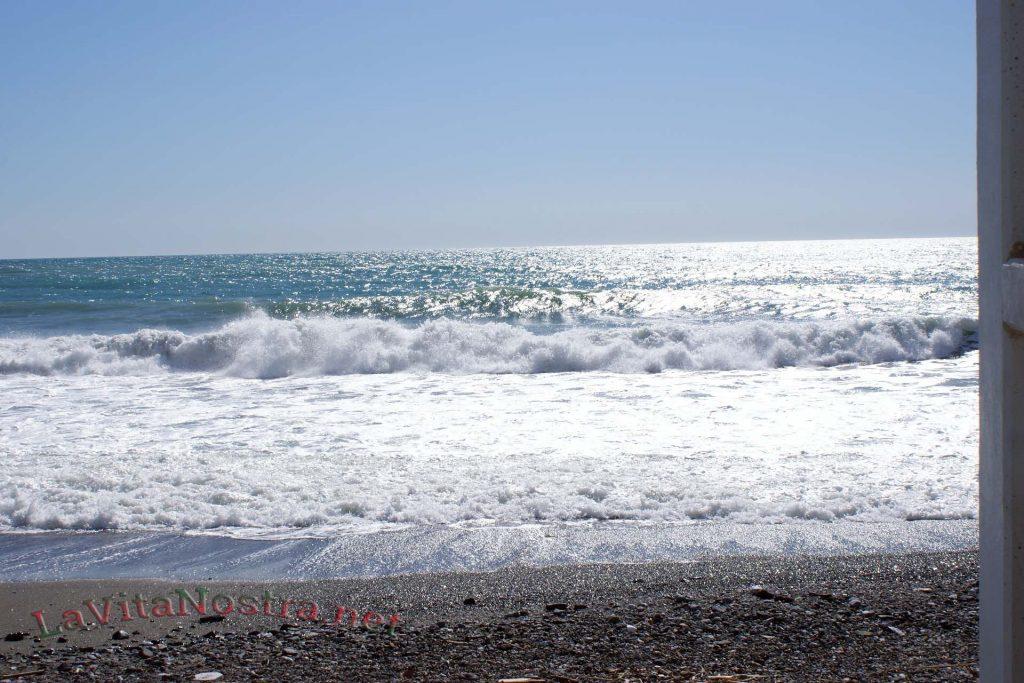 More_v_Maye_Italia_Liguria